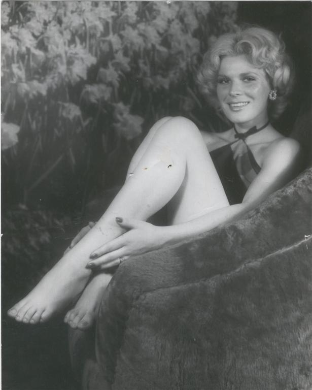 Angelica Chain Nude Photos 76